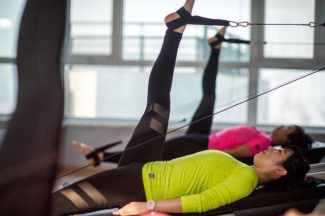 cvičení pilates.jpg