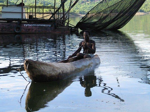 rybář v mosambiku